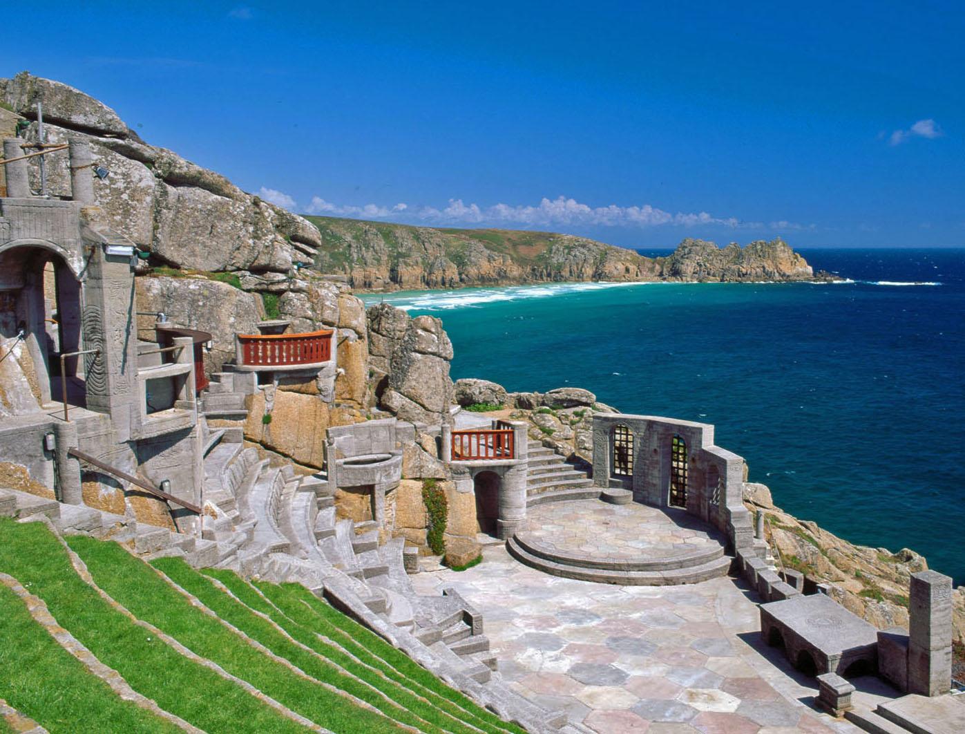 Porthcurno: The Minack Theatre – Saca la maleta